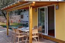mobilheim-camping-gardasee-castelletto-lemaior-terrazza-01