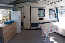 camping-gardasee-kite-wohnwagen-mit-markise-pizzini-02