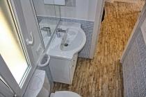 mobilheim-gardasee-5-personen-bad-dusche-07