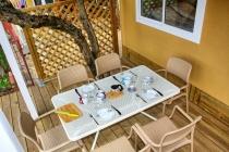 mobilheim-gardasee-5-personen-veranda-04