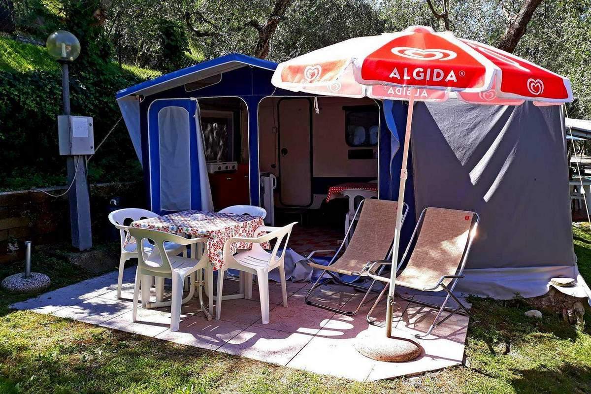 Rental Caravan Garconniere with veranda for 2-4 persons