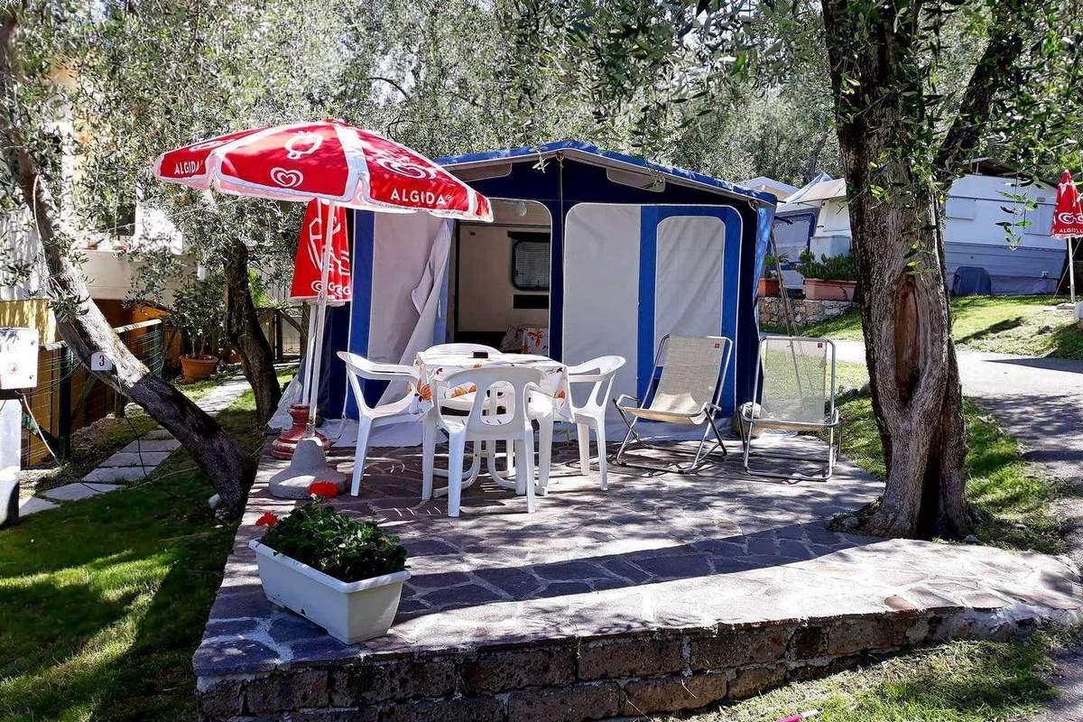 Rental Caravan Pizzini with veranda